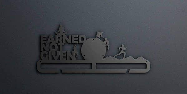 Egyedi falikép és sport éremtartó fali dekoráció ötletek Earned not given akadály futós jogázós éremtartó vol2