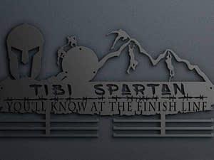 Egyedi falikép és sport éremtartó fali dekoráció ötletek U will know at the finish line neves éremtartó