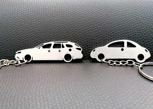 mazd6-vw-beetle-kulcstarto-egyediajandek-autos