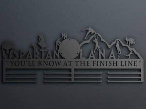 Egyedi falikép és sport éremtartó fali dekoráció ötletek Neveddel spartanos csajos éremtartó