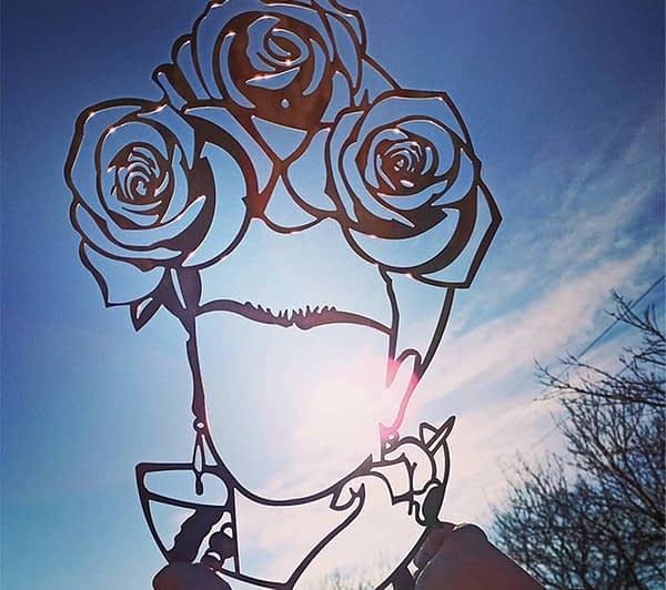 Frida rózsákkal fali dekoráció 1