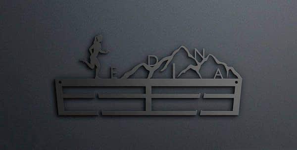 Egyedi falikép és sport éremtartó fali dekoráció ötletek Névvel ellátott terep futós éremakasztó